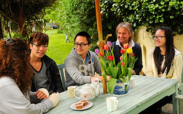 Stay with a Canadian Family - Homestay